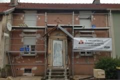 rénovation-de-la-façade-avec-un-D-3-armé-entoilage-pour-les-fissures-phase-1